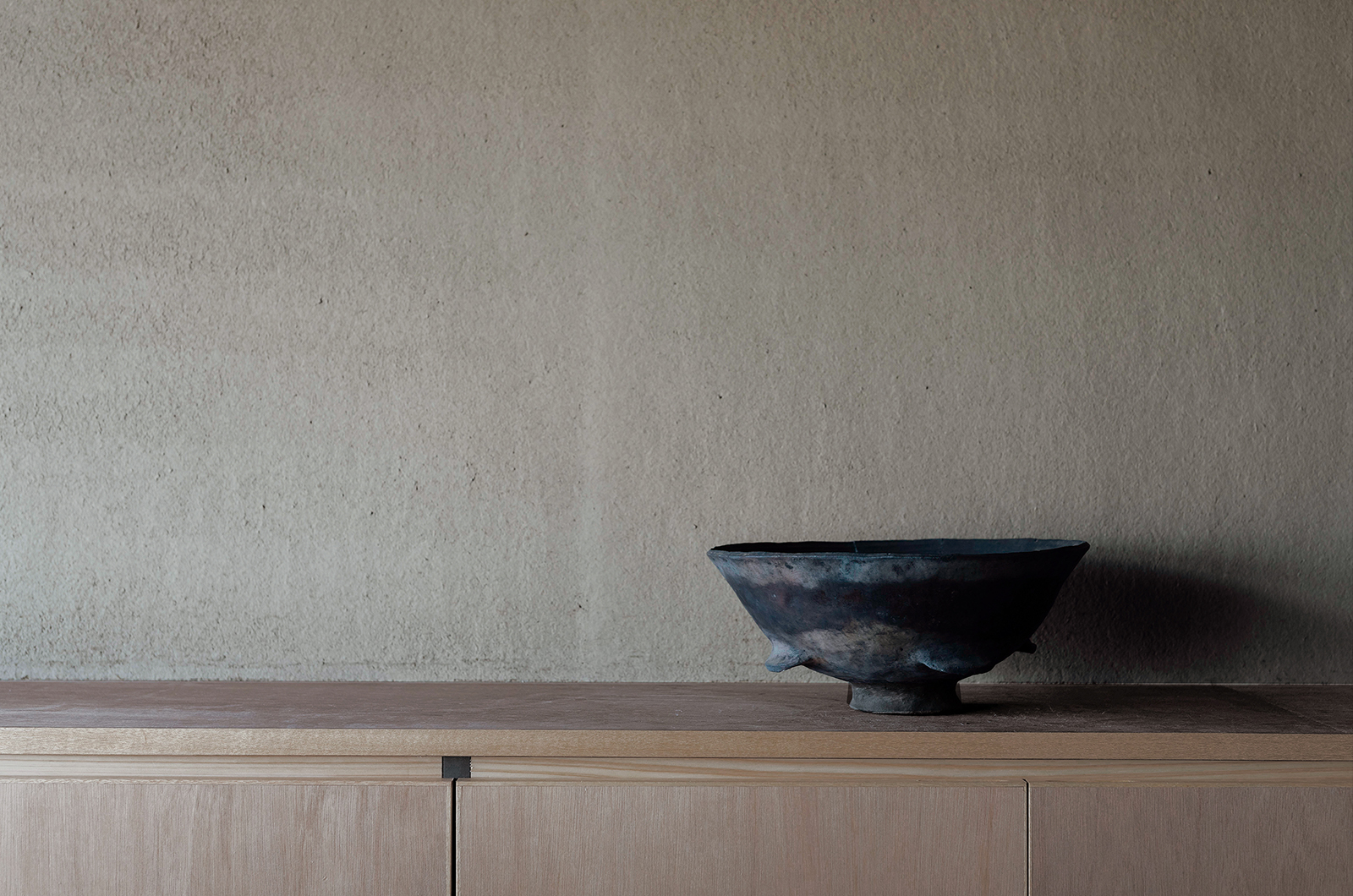 Maana Kamo pottery on kitchen counter