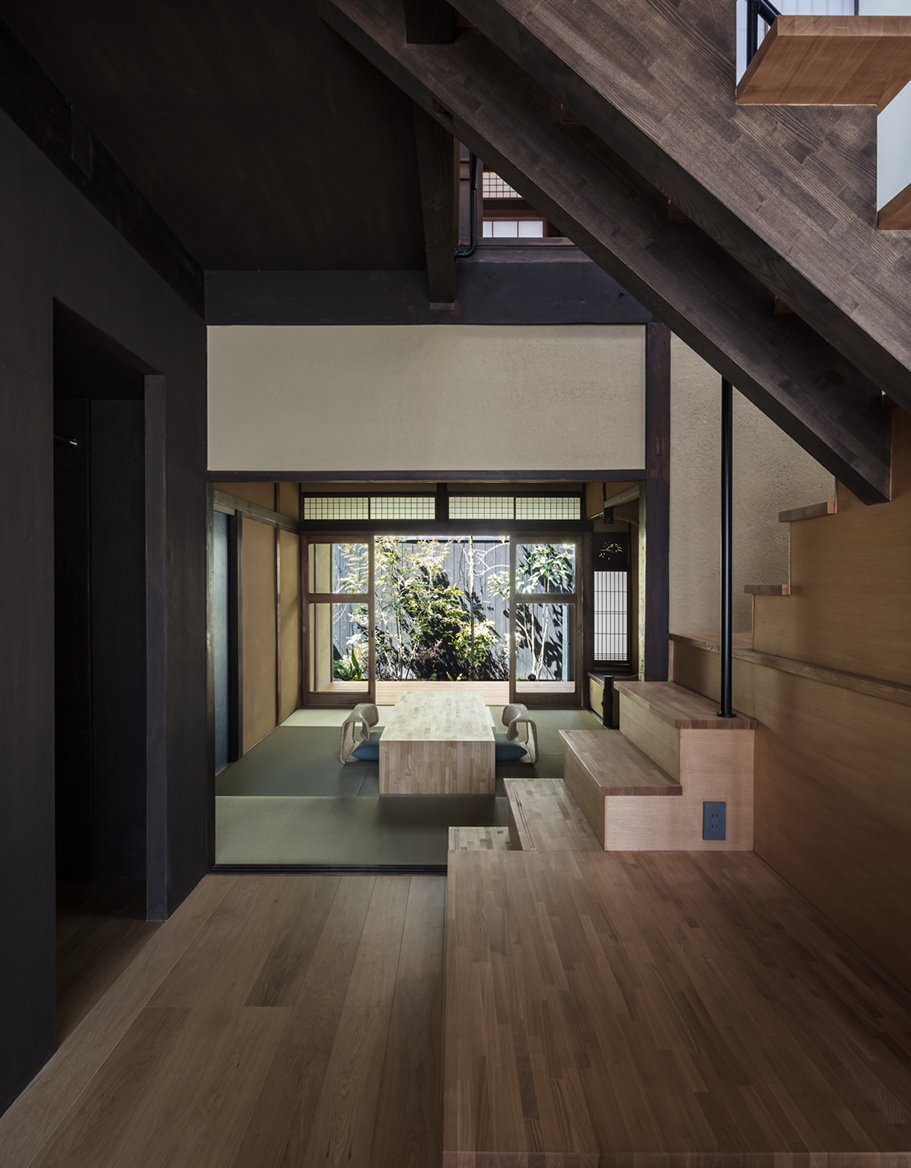 Maana Kyoto staircase with living area and garden